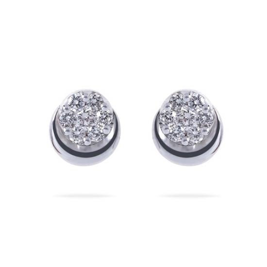 Cluster round close setting diamonds studs