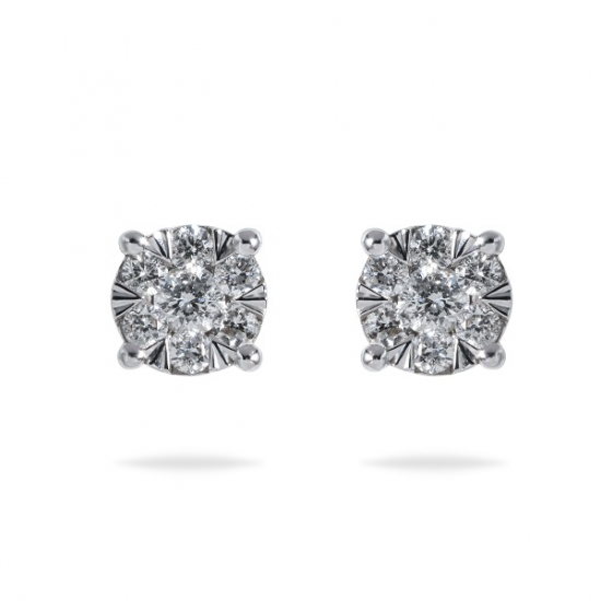 Cluster round diamonds studs