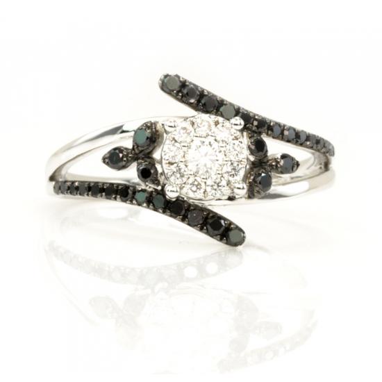 Shine of Black Diamond Ring - B04796