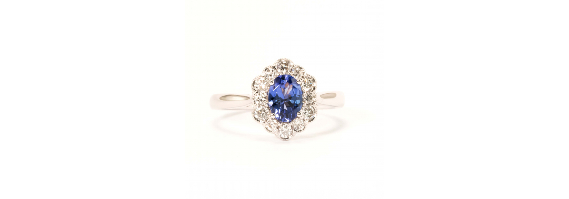 Buy designer oval engagement ring from leading store