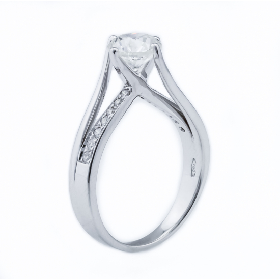 BEVERLY DIAMOND RING