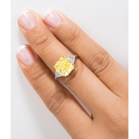 Cushion Shape Fancy Yellow Diamond Ring CAJ001